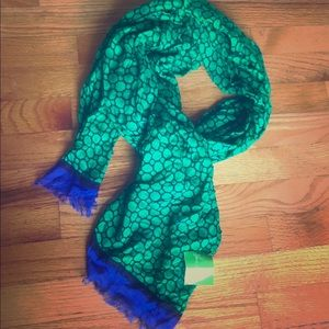 NWT Vera Bradley scarf